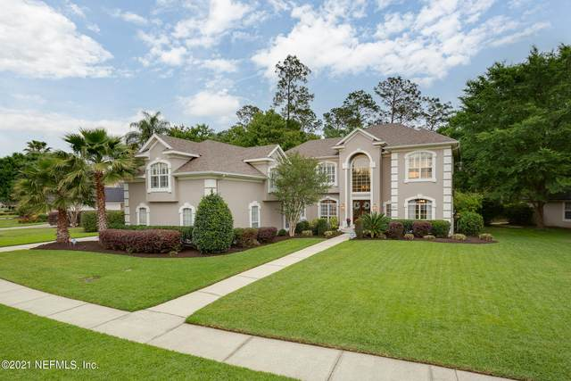 1637 Country Walk Dr, Fleming Island, FL 32003 (MLS #1104033) :: The Volen Group, Keller Williams Luxury International