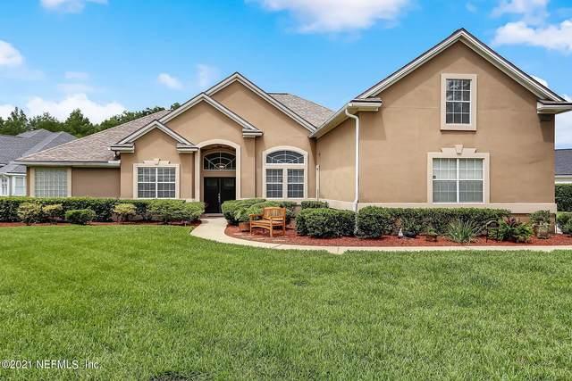 8260 Persimmon Hill Ln, Jacksonville, FL 32256 (MLS #1118337) :: The Huffaker Group