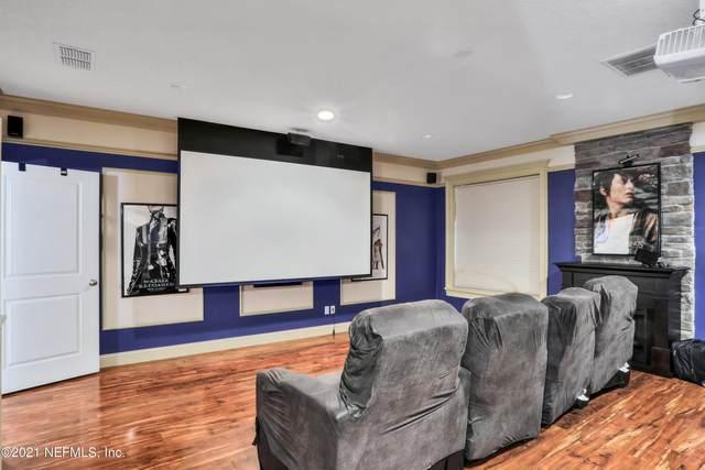 11817 Catrakee Dr, Jacksonville, FL 32223 (MLS #1120422) :: EXIT Real Estate Gallery