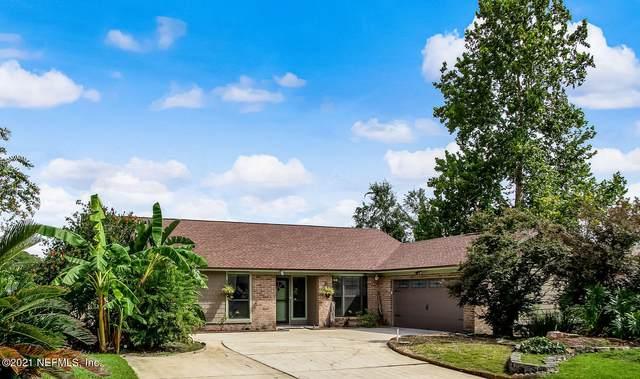 2381 Kirkwall St, Orange Park, FL 32065 (MLS #1127272) :: Olde Florida Realty Group