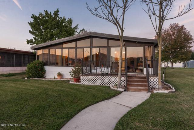 246 Sportsman Dr, Welaka, FL 32193 (MLS #870310) :: EXIT Real Estate Gallery
