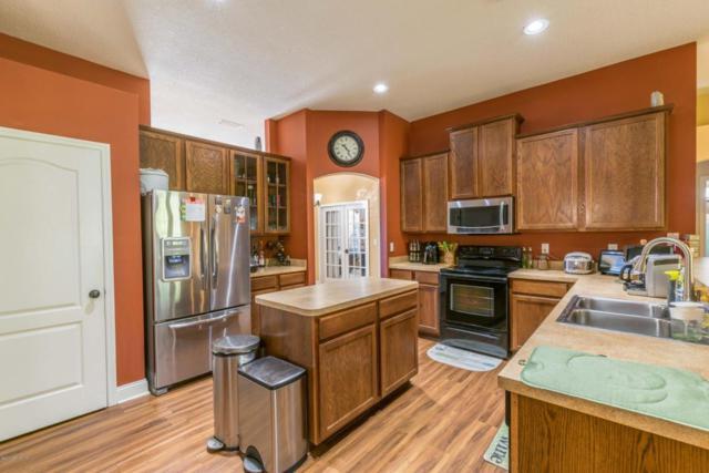 10906 Stanton Hills Dr E, Jacksonville, FL 32222 (MLS #907168) :: EXIT Real Estate Gallery
