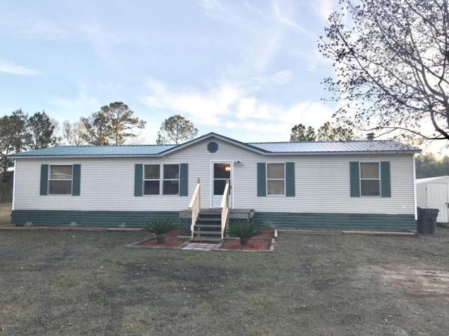 44686 Pinebreeze Cir, Callahan, FL 32011 (MLS #912480) :: EXIT Real Estate Gallery