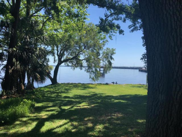 3700 Collins Rd, Jacksonville, FL 32244 (MLS #919712) :: The Hanley Home Team