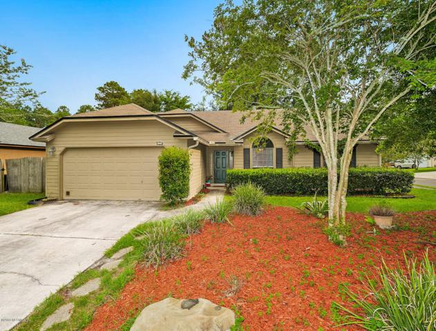 11020 Alumni Way, Jacksonville, FL 32246 (MLS #936018) :: EXIT Real Estate Gallery