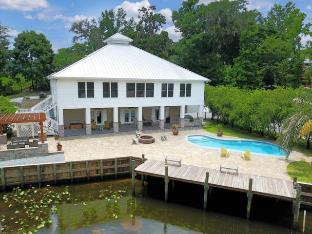 411 Lake Asbury Dr, GREEN COVE SPRINGS, FL 32043 (MLS #943939) :: The Hanley Home Team