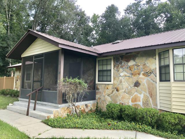 314 Saratoga Dr, Satsuma, FL 32189 (MLS #949273) :: Young & Volen | Ponte Vedra Club Realty