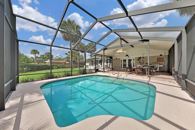 4119 Tradewinds Dr, Jacksonville, FL 32250 (MLS #953252) :: The Hanley Home Team