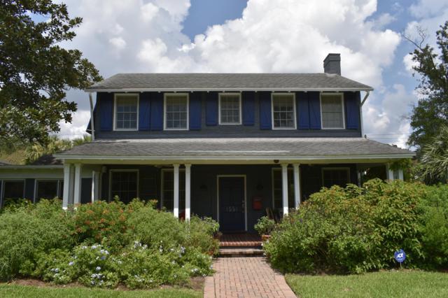 1551 N Alexandria Pl, Jacksonville, FL 32207 (MLS #954087) :: EXIT Real Estate Gallery