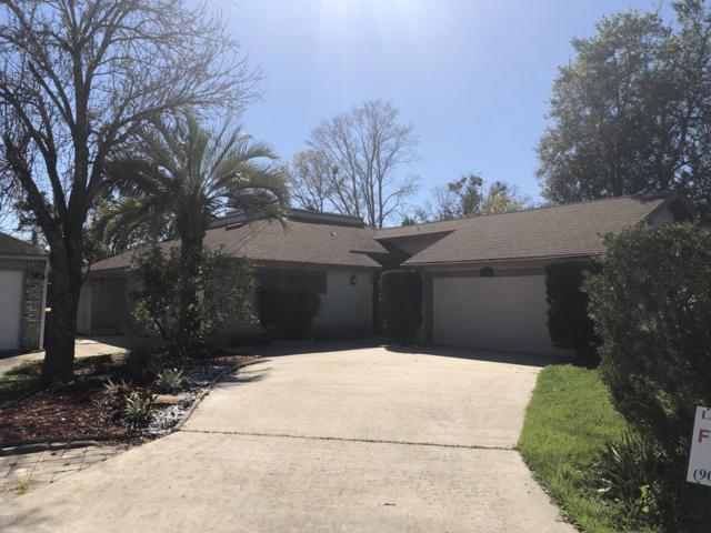 8940 Belle Rive Blvd, Jacksonville, FL 32256 (MLS #968397) :: EXIT Real Estate Gallery