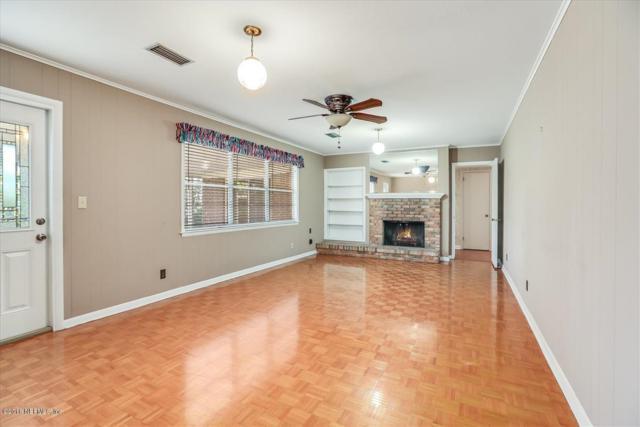 976 Parkridge Cir E, Jacksonville, FL 32211 (MLS #968410) :: The Hanley Home Team