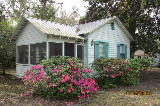 101 2ND Ave, Welaka, FL 32193 (MLS #979770) :: Jacksonville Realty & Financial Services, Inc.