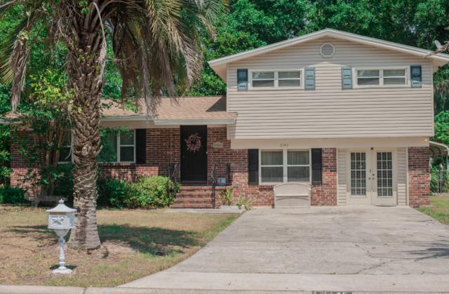 2145 Holly Leaf Ln, Orange Park, FL 32073 (MLS #988472) :: The Hanley Home Team