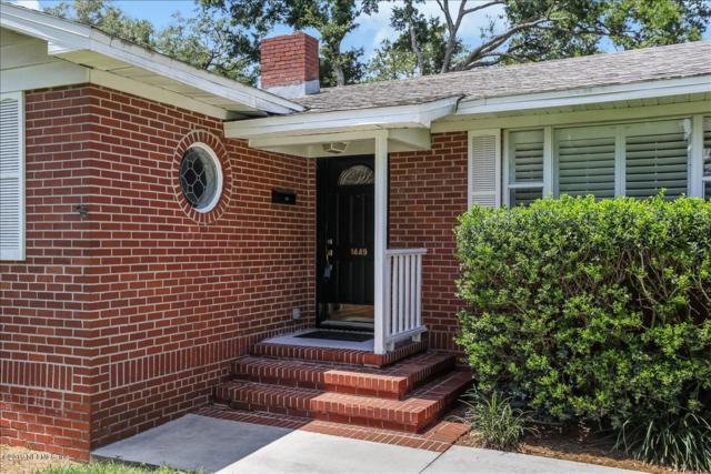 1449 Riverbirch Ln, Jacksonville, FL 32207 (MLS #992953) :: Noah Bailey Real Estate Group