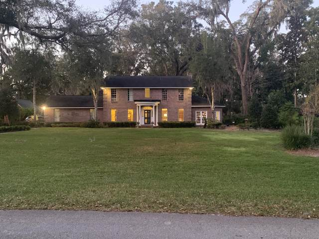 2682 Forest Cir, Jacksonville, FL 32257 (MLS #1062820) :: The Hanley Home Team