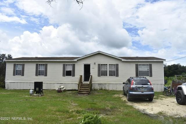 21361 SE 177TH Ave, Hawthorne, FL 32640 (MLS #1117903) :: The Collective at Momentum Realty