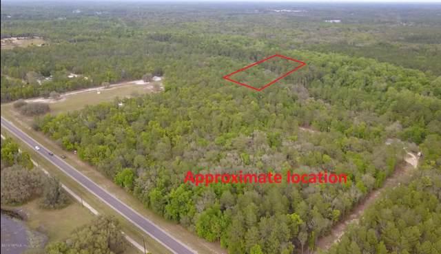 106 Cabanna St, Interlachen, FL 32148 (MLS #637089) :: Berkshire Hathaway HomeServices Chaplin Williams Realty