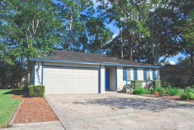 10927 Horse Track Dr E, Jacksonville, FL 32257 (MLS #955672) :: EXIT Real Estate Gallery