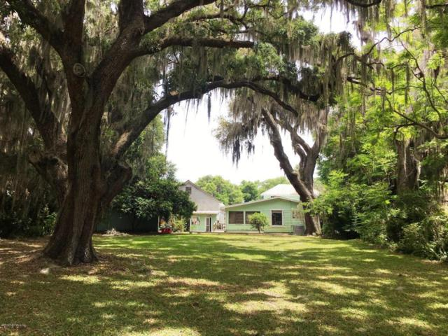 22 S Main St, Crescent City, FL 32112 (MLS #824041) :: EXIT Real Estate Gallery