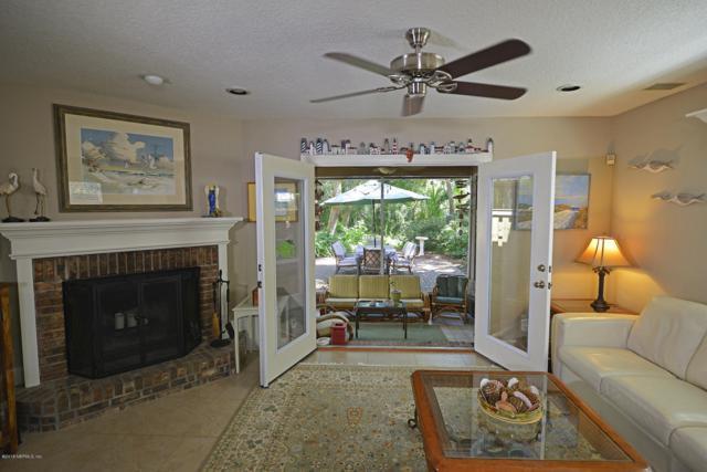 1723 Ocean Grove Dr, Atlantic Beach, FL 32233 (MLS #956306) :: Pepine Realty