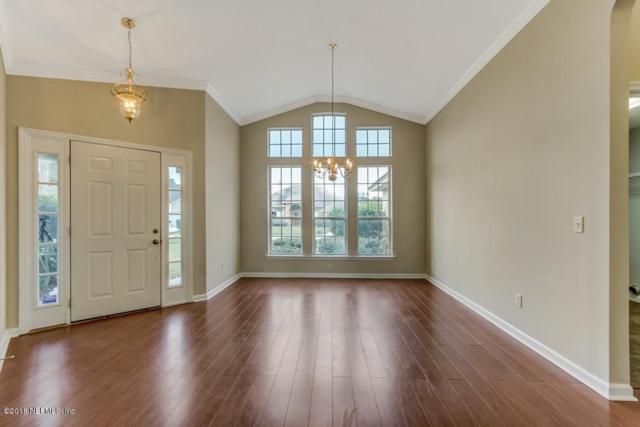 4586 Royal Port Dr, Jacksonville, FL 32277 (MLS #960363) :: Ancient City Real Estate