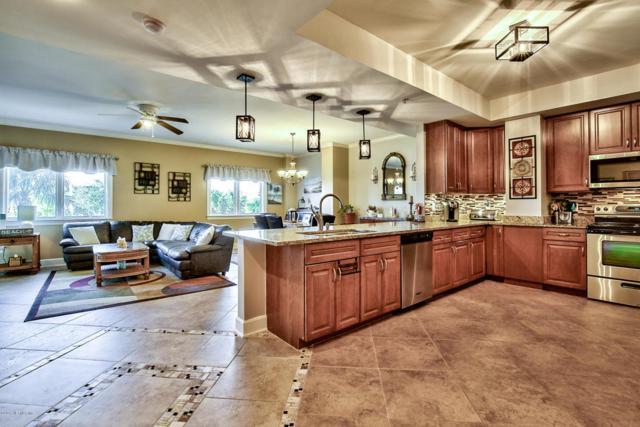 525 3RD St N #213, Jacksonville Beach, FL 32250 (MLS #912062) :: EXIT Real Estate Gallery