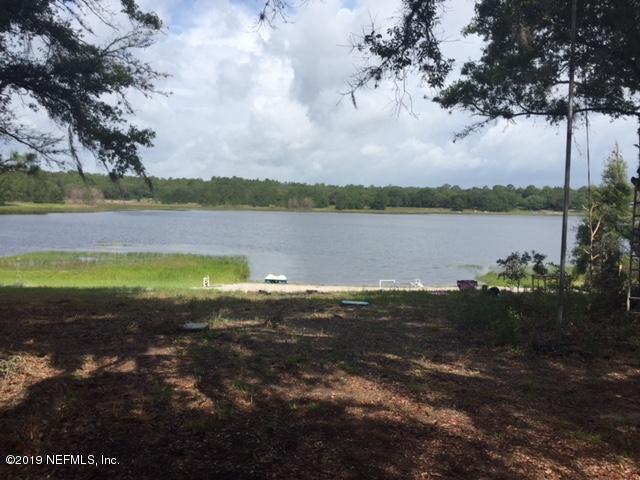 5658 Silver Sands Cir, Keystone Heights, FL 32656 (MLS #1001663) :: The Hanley Home Team
