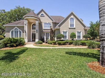 12477 Highview Dr, Jacksonville, FL 32225 (MLS #1001904) :: The Hanley Home Team
