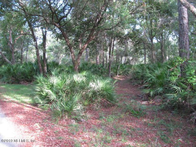 000 Fairway Ln, Crescent City, FL 32112 (MLS #1002255) :: EXIT Real Estate Gallery