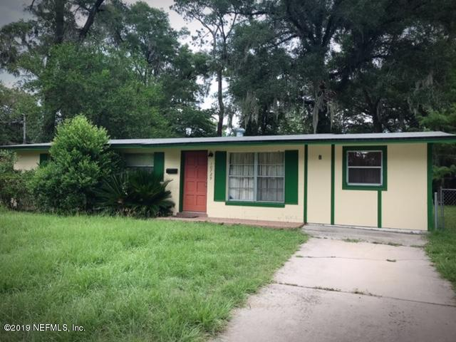 10729 Tulsa Rd, Jacksonville, FL 32218 (MLS #1003072) :: The Hanley Home Team