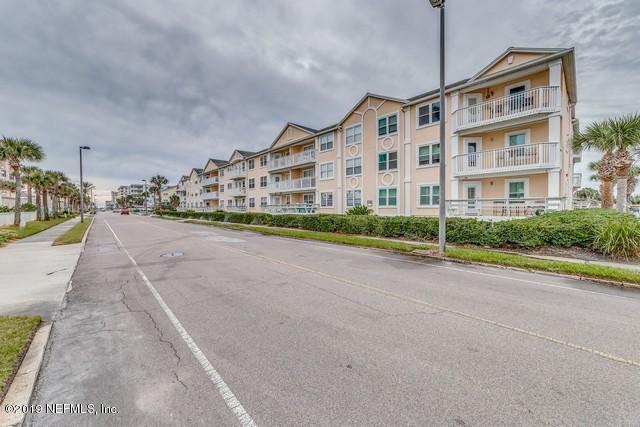 1412 1ST St N #207, Jacksonville Beach, FL 32250 (MLS #1007499) :: The Hanley Home Team