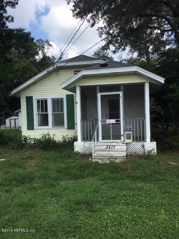 3217 Duane Ave, Jacksonville, FL 32218 (MLS #1016630) :: The Hanley Home Team