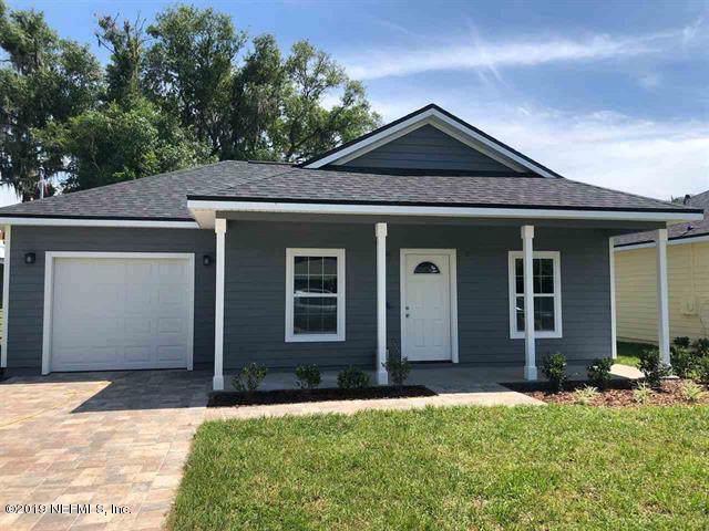 6204 Cedar Ln, St Augustine, FL 32095 (MLS #1020117) :: The Hanley Home Team