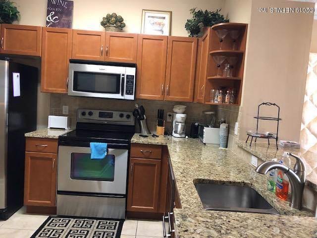 10435 Midtown Pkwy #236, Jacksonville, FL 32246 (MLS #1021402) :: Noah Bailey Group