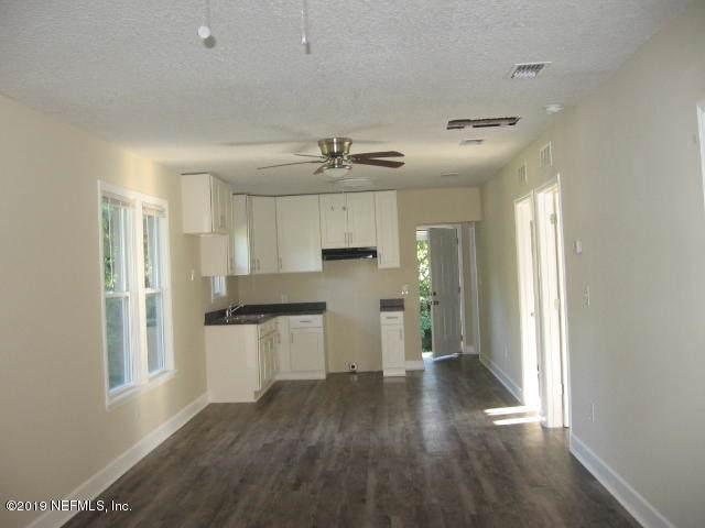 1202 Lila Ave, Jacksonville, FL 32208 (MLS #1021642) :: The Hanley Home Team