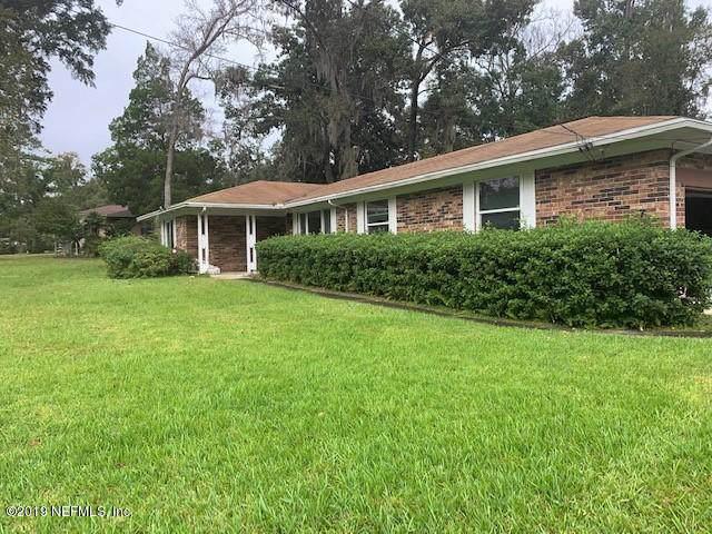 717 Winfred Dr, Orange Park, FL 32073 (MLS #1024067) :: Noah Bailey Group
