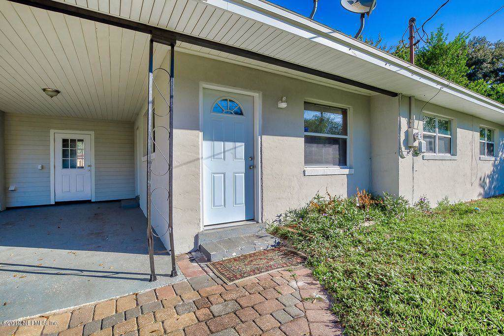 10423 Greenmore Dr - Photo 1
