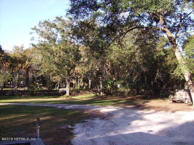 1158 Taylor Rd, Jacksonville, FL 32234 (MLS #1029584) :: The Hanley Home Team