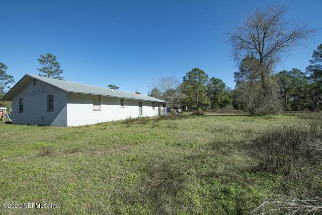 2707 Jane Ln, Hilliard, FL 32046 (MLS #1033480) :: The Hanley Home Team