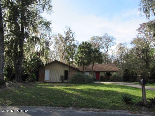 4033 Shady Creek Ln, Jacksonville, FL 32223 (MLS #1033802) :: The Hanley Home Team