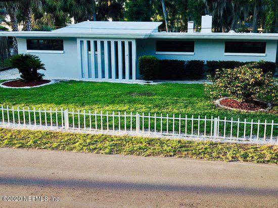 106 Sunset Point Ln, East Palatka, FL 32131 (MLS #1034726) :: The Hanley Home Team