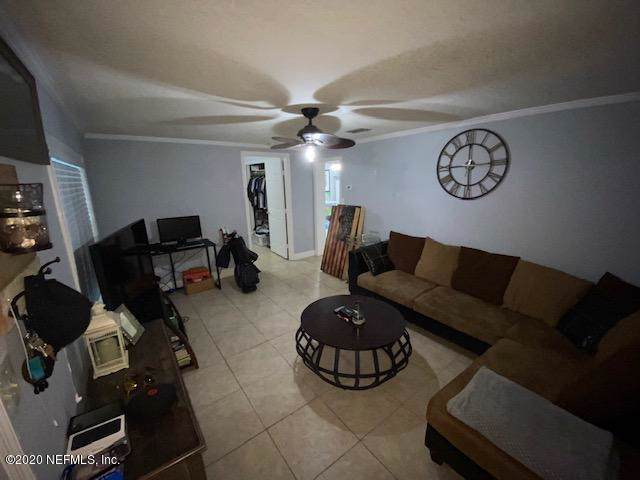 2212 1ST St S, Jacksonville Beach, FL 32250 (MLS #1034849) :: EXIT Real Estate Gallery