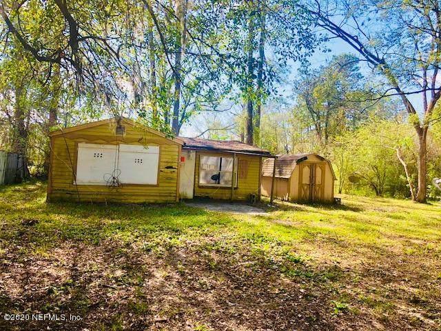 8576 Osteen St, Jacksonville, FL 32210 (MLS #1037417) :: Memory Hopkins Real Estate