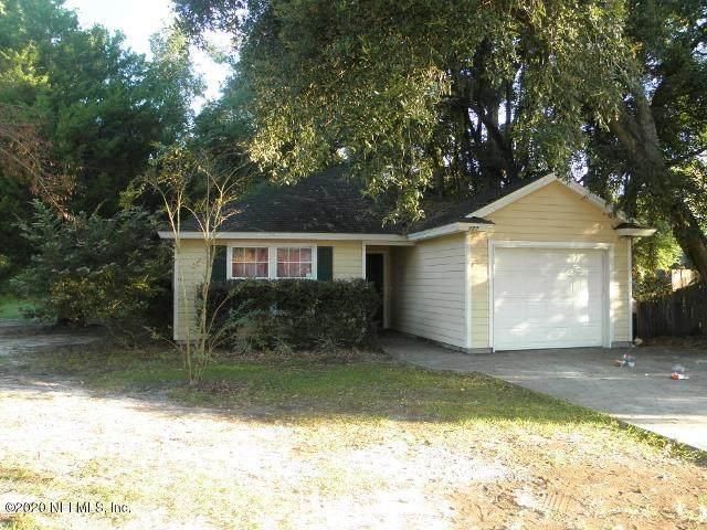 8123 Firetower Rd, Jacksonville, FL 32210 (MLS #1037620) :: Memory Hopkins Real Estate