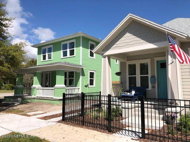 303 E 3RD St, Jacksonville, FL 32206 (MLS #1046001) :: The Every Corner Team | RE/MAX Watermarke