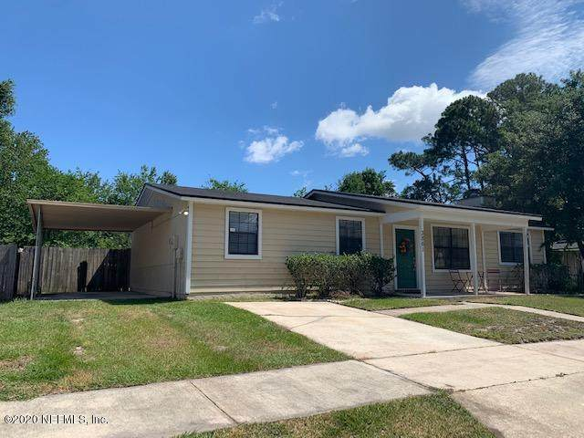 3861 Mandarin Woods Dr N, Jacksonville, FL 32223 (MLS #1054455) :: Berkshire Hathaway HomeServices Chaplin Williams Realty
