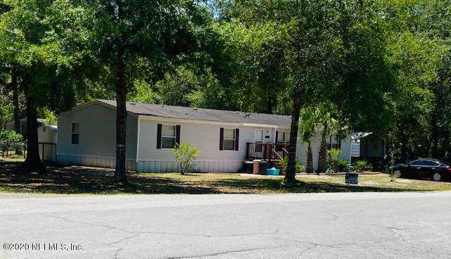 121 Ash St, Interlachen, FL 32148 (MLS #1054838) :: EXIT Real Estate Gallery