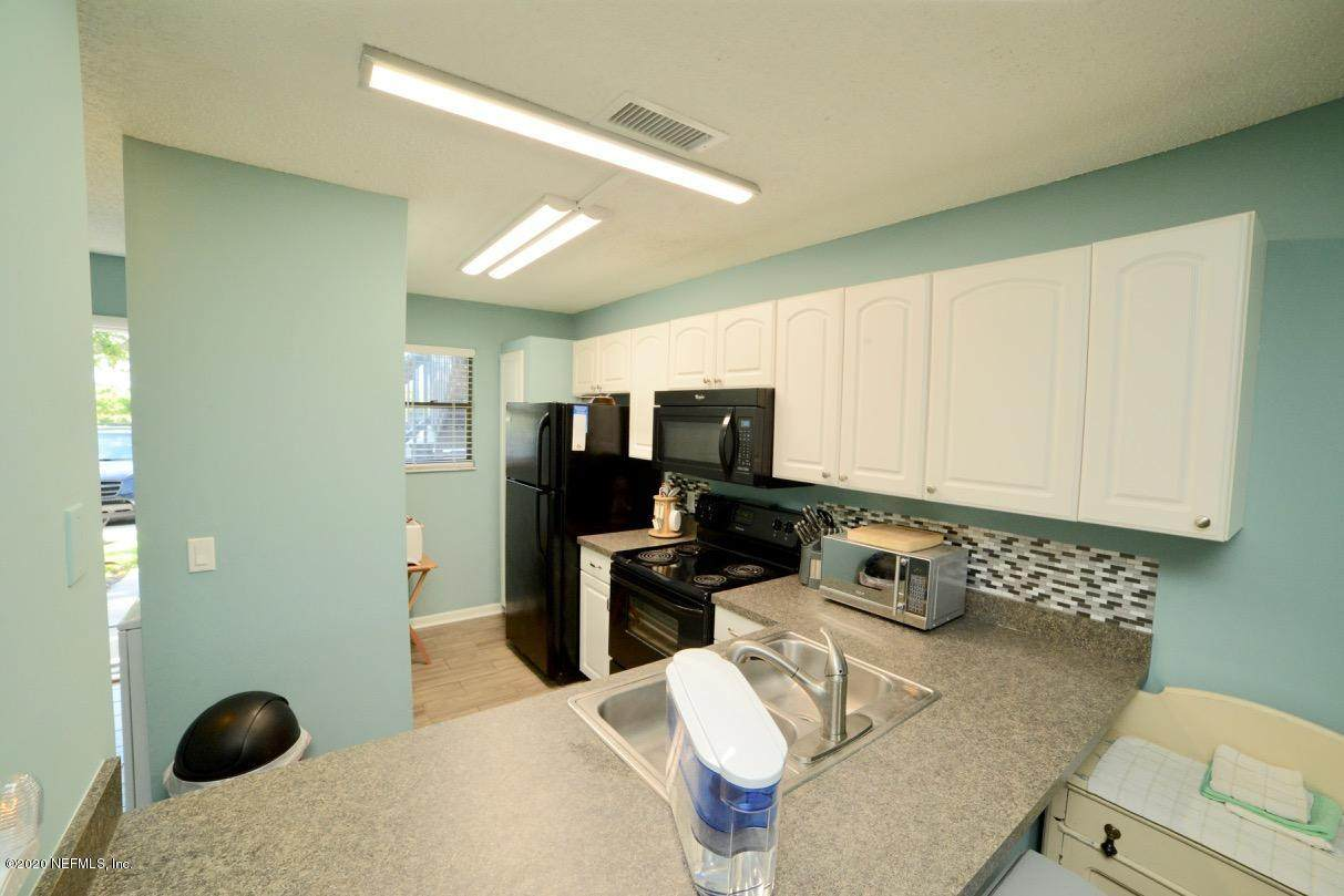 700 Pope Rd - Photo 1
