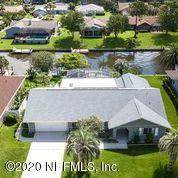 11 Clearview Ct S, Palm Coast, FL 32137 (MLS #1062106) :: Berkshire Hathaway HomeServices Chaplin Williams Realty
