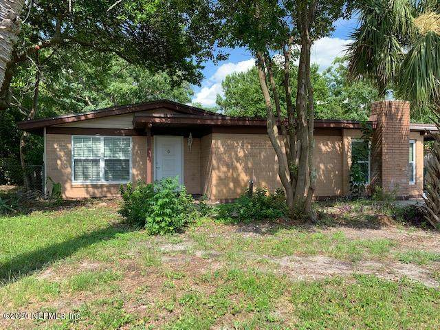 2825 Tulip Cir E, Jacksonville, FL 32246 (MLS #1063001) :: The Hanley Home Team